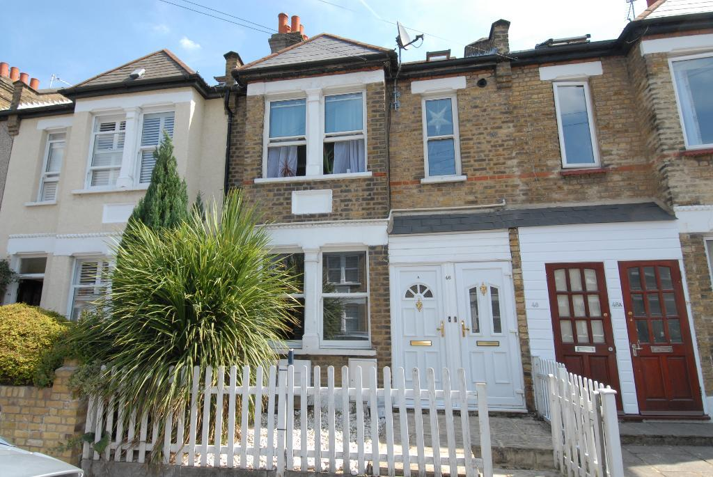 Dupont Road, Raynes Park, SW20 8EQ